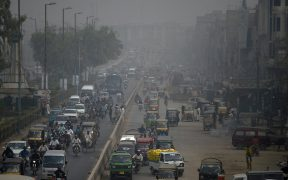 Picture showing the terrible air quality in Karachi over a busy road